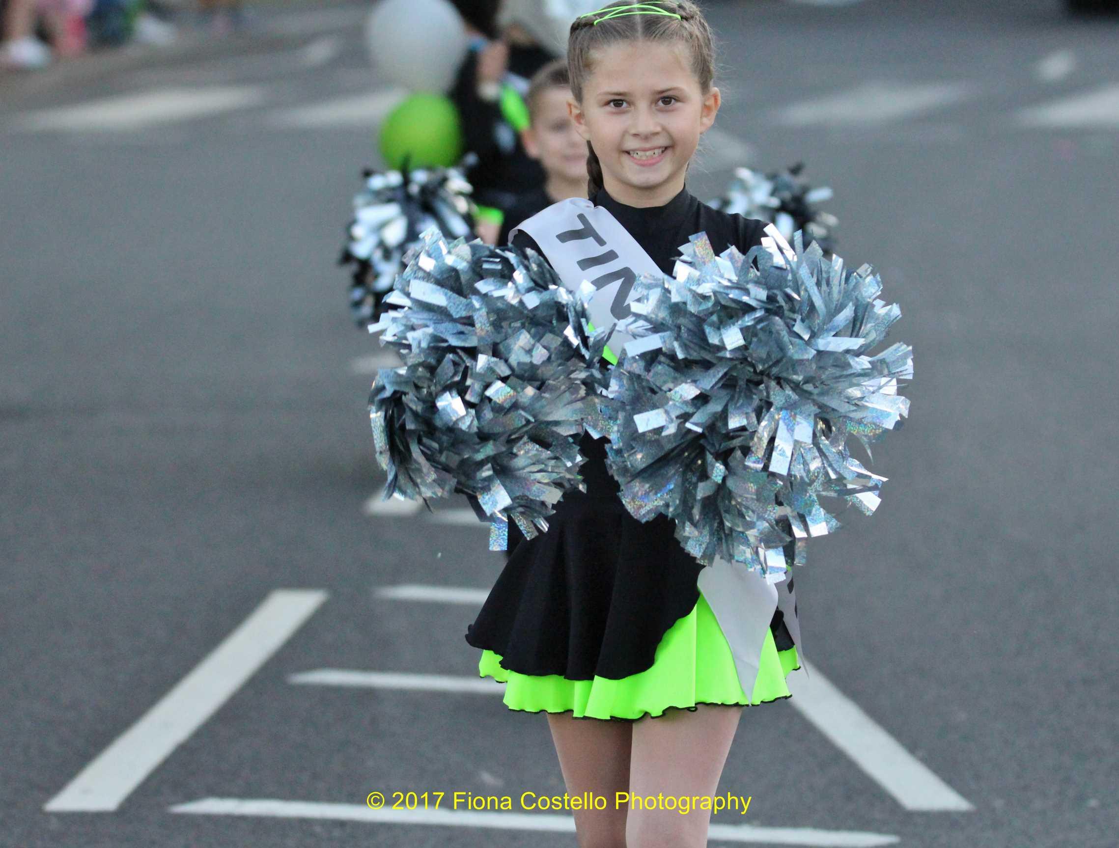 Cheer-leader-Clacton-Carnival-2017