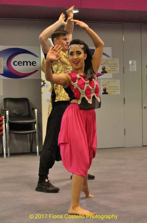 Bollywood-dancers